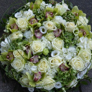 White & Green Solid Posy