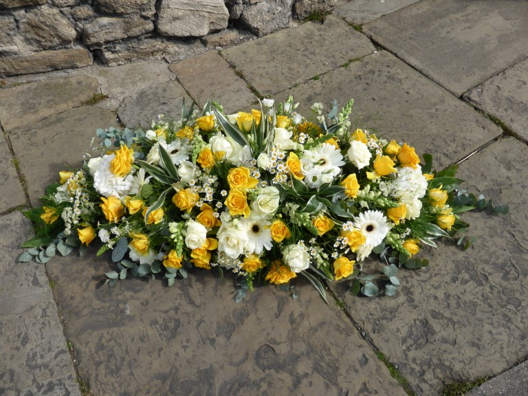 yellow-and-white-coffin-spray